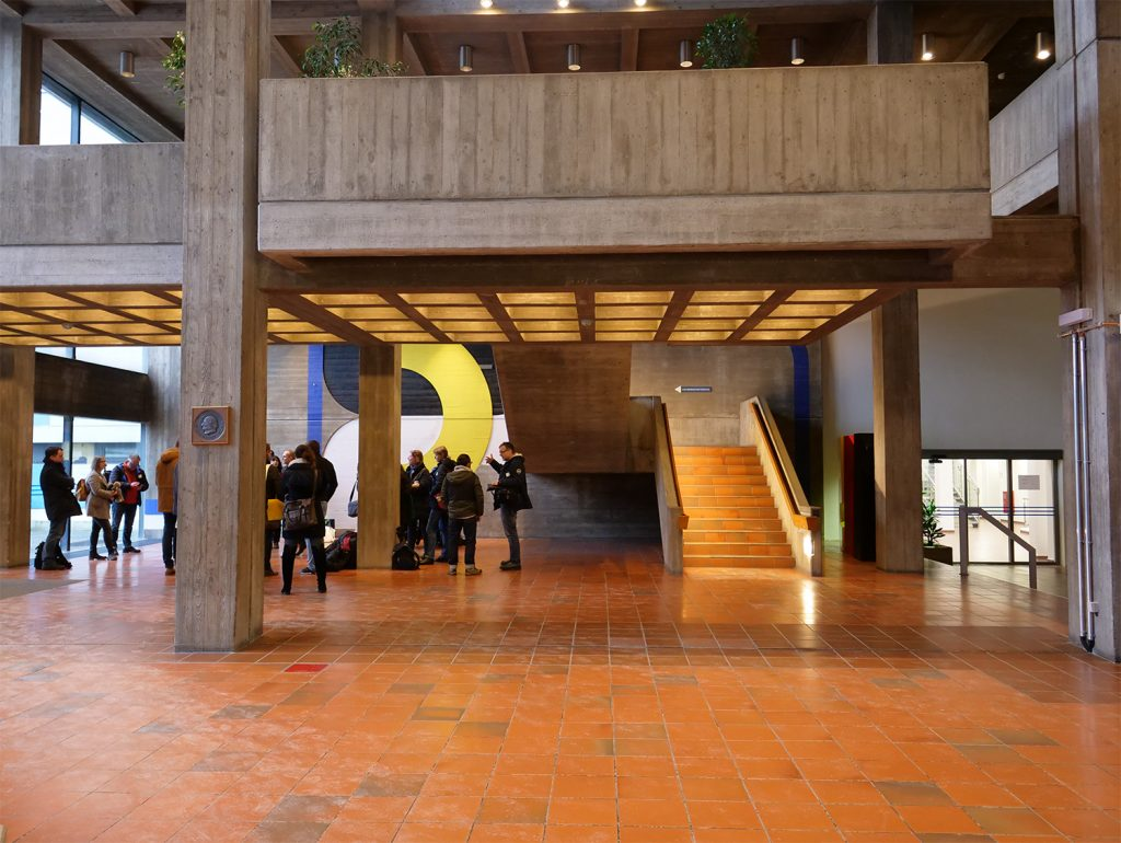 Rathaus Offenbach: aufgehübschter Brutalismus-Bau